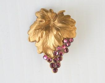 Purple Rhinestone Grapes Brooch Vintage Antiqued Goldtone Grapes Bunch Pin