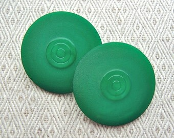 LArGe Green Retro Buttons 34mm - 1 1/4 inch Jewel Green Vintage Shank Buttons - 2 NOS Mod Bull's Eye Target Designer Plastic Buttons PL480