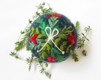 Christmas ornament,Needle Felted ornament,Felt Christmas ornament,Felted decoration
