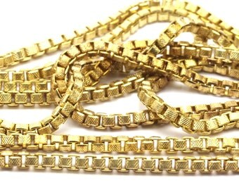 Cube Brass Chain, 2m Raw Brass Cube Chain (2.5mm) Bs 1373