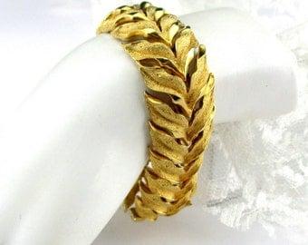 Bracelet Gold tone Leaf Shimmer