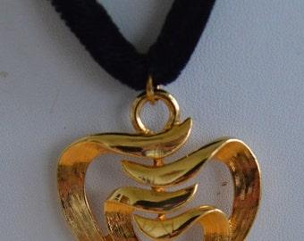 On sale Pretty Vintage Gold tone Open work Heart Necklace, Velvet Cord, Adjustable (H12)