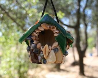 Birdhouse Beach Theme Sea Shells & Sea Glass
