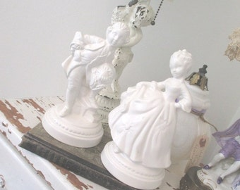 Vintage Couple * Shabby Cottage * Figurine * Marie Antoinette