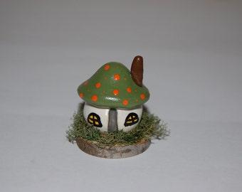 Fairy Garden, Terrarium Decoration - Polymer Clay Toadstool Cottage