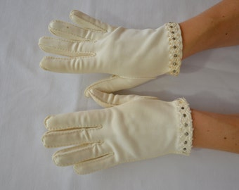 sale Vintage WHITE ladies GLOVES with RHINESTONE and beaded detail