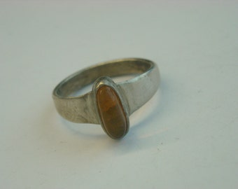 sterling silver amber ring  ( D 18 )