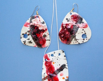 2 Earrings+ Pendant   Women Fashion In Living Color In My Dreams Abstract miniature painting