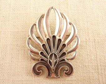 Vintage Sterling Modernist Open Work Flower-Like Brooch
