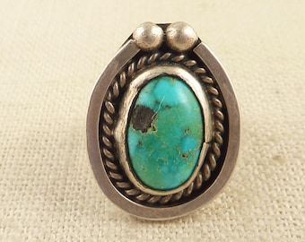 SALE --- Size 4.5 Vintage Sterling Textured Border Native American Turquoise Ring