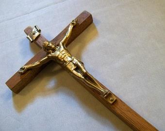 Vintage Crucifix, Vintage Wood Crucifix, Wood Cross, Jesus on the Cross, Religious, Catholic Crucifix,  Wooden Cross