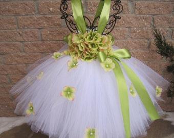 WHITE GREEN FLOWERS. Tutu Dress.  Birthday Tutu Dress. Flower Girl.   Photo Shoots. Girls Tutu Dress.  Princess Tutu Dress. White Tutu Dress