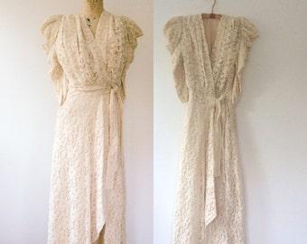 1930s dress / vintage lace robe / Rosamund Wedding dress