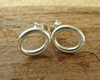 Minimalist Sterling Silver Post Earrings - Sterling Circle Oval Posts - pos