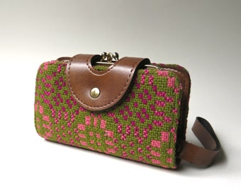 Mid Century vintage Carpet Bag Wallet / Pink and Green Woven Wool and Brown Vegan Leather Wallet / Woven Upholstery Fabric Wristlet Wallet