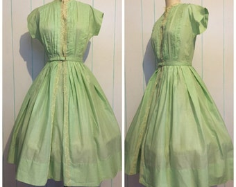 50s Mint Green Lacey Handmade Day Dress size 6