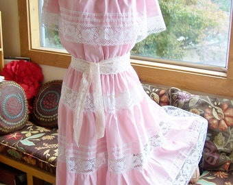 Mexican Dress, Off Shoulder Dress, Mexican Lace dress, Pink Mexican Dress, size M / L