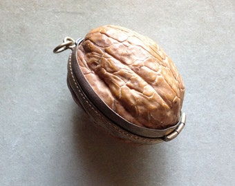 Real walnut Pendant Box