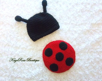 Newborn to 3 Month Old Baby Girl Lady Bug Hat and Bum Cover Set Black and Red