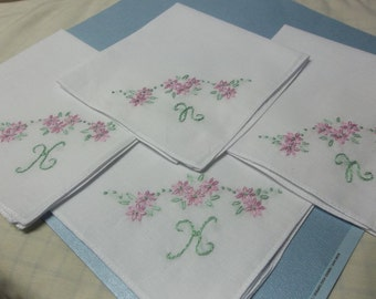 Set of 4,Bridesmaid gifts, wedding handkerchief, bridesmaid hankie, laceless or scalloped, hand embroidered, personalized hanky,custom color