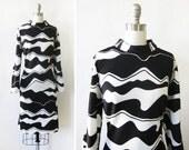 black and white mod dress, vintage mod scooter dress, 70s graphic print shift dress