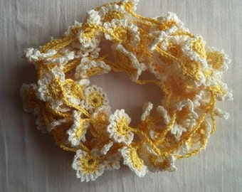 Hand Crocheted Floral Lace Trim, Yellow and White Cotton, 10 yards, Crafting, Sewing, Quilting, Jewelry Making