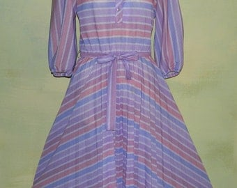 M Vintage 70s 80s Pastel Striped Dress Puff Sleeve Swing Skirt