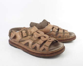 Doc Martens Shoes Sandals 1990  Brown Leather  UK size 7 Women's US size 9