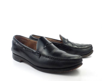 Bass Shoes Loafers Vintage 1980s Black Leather Shoes men's size 9 1/2