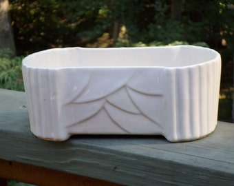 McCoy Pottery ivory cream white jungle leaf wave window box trough planter