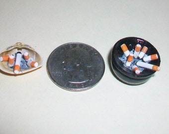 Pair of Miniature Ash Trays  1:12 scale