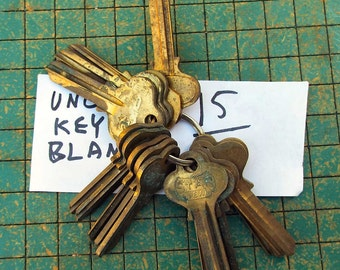 15 vintage uncut brass key blanks, on a ring, with patina, locksmith, steampunk jewelry, reuse, upcycle, make your own