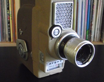 Mid Century Argus Electric Eye Zoom 8 8mm Movie Camera with Camera Bag & Pistol Grip