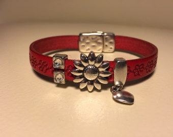 Red embossed Bracelet with sunflower