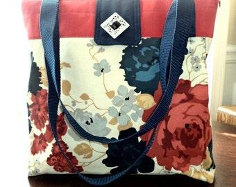 Handbag/Purse, Red Cream Navy Blue, Zipper Closure