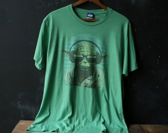 T Shirt Vintage Star Wars Yodda In Sunglasses Size Large From Nowvintage on Etsy