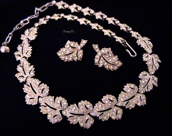 Vintage ORA Pave Crystal Rhinestone Leaf Link Necklace And Earrings Set