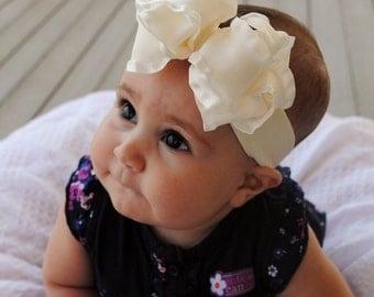 Sweet Ivory 12 Looped Bow Headband