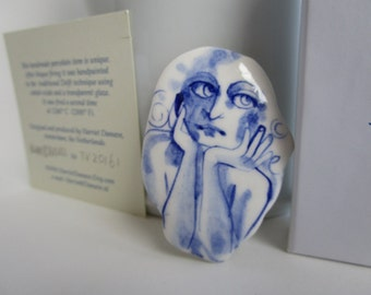 Suzanna - Portrait of a girl - Hand painted porcelain brooch in blue and white Delft -  original Dutch Delft