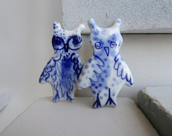 Little Owl - Handpainted Porcelain Delft Brooch