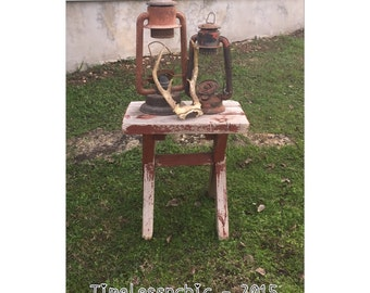 Side Table - End Table - Primitive Decor - Rustic Furniture - Rustic Decor - Outdoor Table - CHIC
