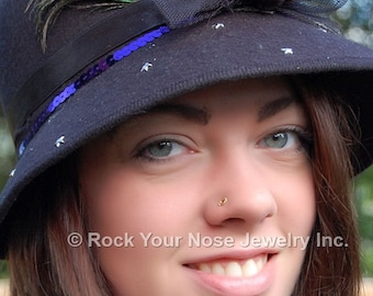 Tiny Gold Nose Stud / Indian Nose Jewelry / 14K Nose Ring / Unique Nose Stud / Open Circle Nose Stud in Solid Gold - CUSTOMIZE