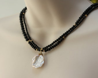 Black Agate Necklace, White Large Pearl, June Birthstone, Black and White, Birthday Gift for Wife, for Sister, for Girlfriend, Summer Dress