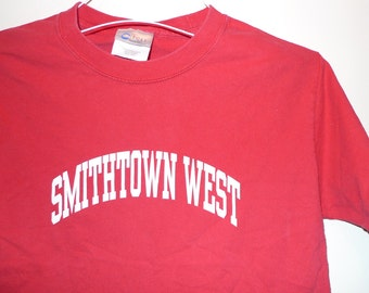 Smithtown West T-Shirt Red Cotton Tee Tshirt Sz Small Adult Long ISland New York NYS NY Top The Guyland Suffolk County YO Team