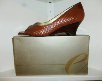 Vintage - Easy Spirit - Esluce  - Brown - Leather Lattice - Peep Toe - Wedge - High Heels - size  9 1/2 - New Old Dead Stock in the box