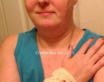 White Cuff Bracelet, Crochet Cuff Bracelet, Handcrafted Bracelet, Cuff Bracelet. Ladies Accessories, Ladies Jewelry, Elegant Yarn Jewelry