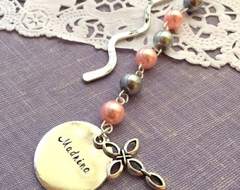 Madrina, bookmark, pearl, handstamped charm.