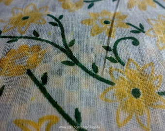 Daisy Indian Sari Fabric By The Yard, Floral Cotton Saree Fabric, Block Print Fabrics, Indian Fabrics, Daisy Print Cotton, Floral Sharee