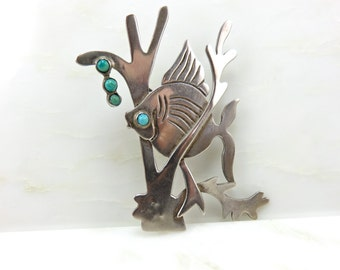 Circa 1950 Sterling Silver Fish Brooch with Turquoise Bubbles Made in Mexico