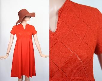 Vintage 70s Crochet Knit Mini Dress / 1970s Hippie Babydoll Dress / Flower Child / Pumpkin Orange / Empire Waist / Boho / Small / Medium